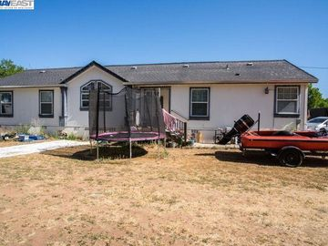 7846 Jenny Lind Rd, Valley Springs, CA