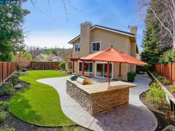 815 Feather River St, Shadow Creek, CA