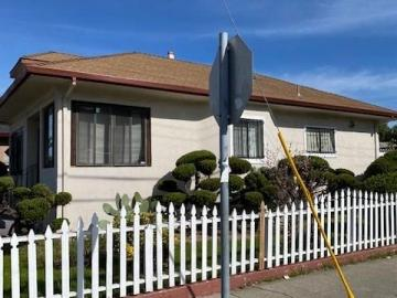 8730 Dowling St Oakland CA Home. Photo 3 of 7