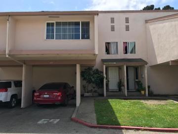 918 Acosta Plz, Salinas, CA