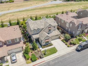 960 Los Arboles Ln, Gilroy, CA